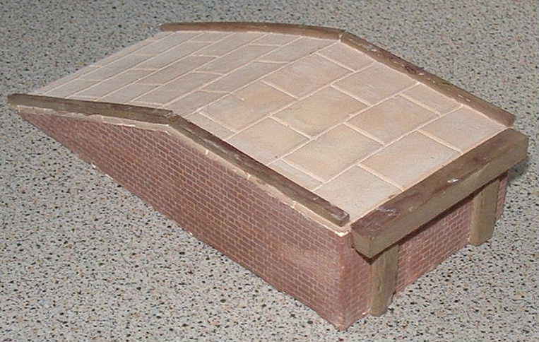 l165-brick-end-loading-ramp