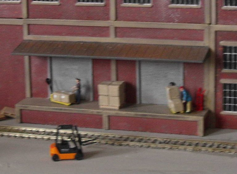 l187-brick-ind-load-bay