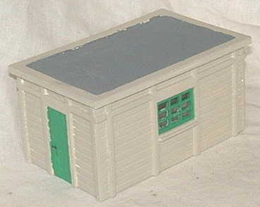 l207-lner-hut-med