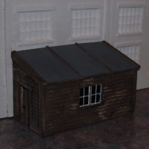 l183-wooden-lean-to