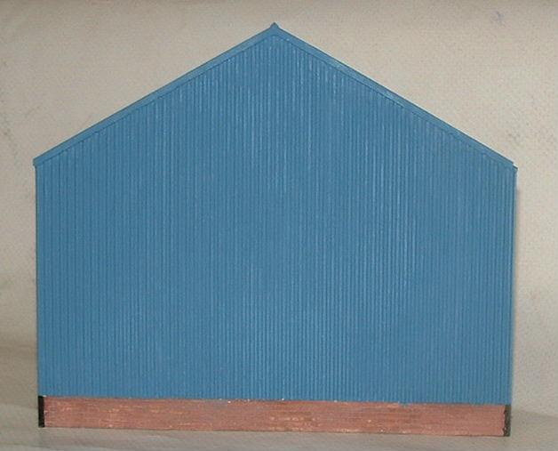 7-180 SMALL L-R MODERN BUILDING