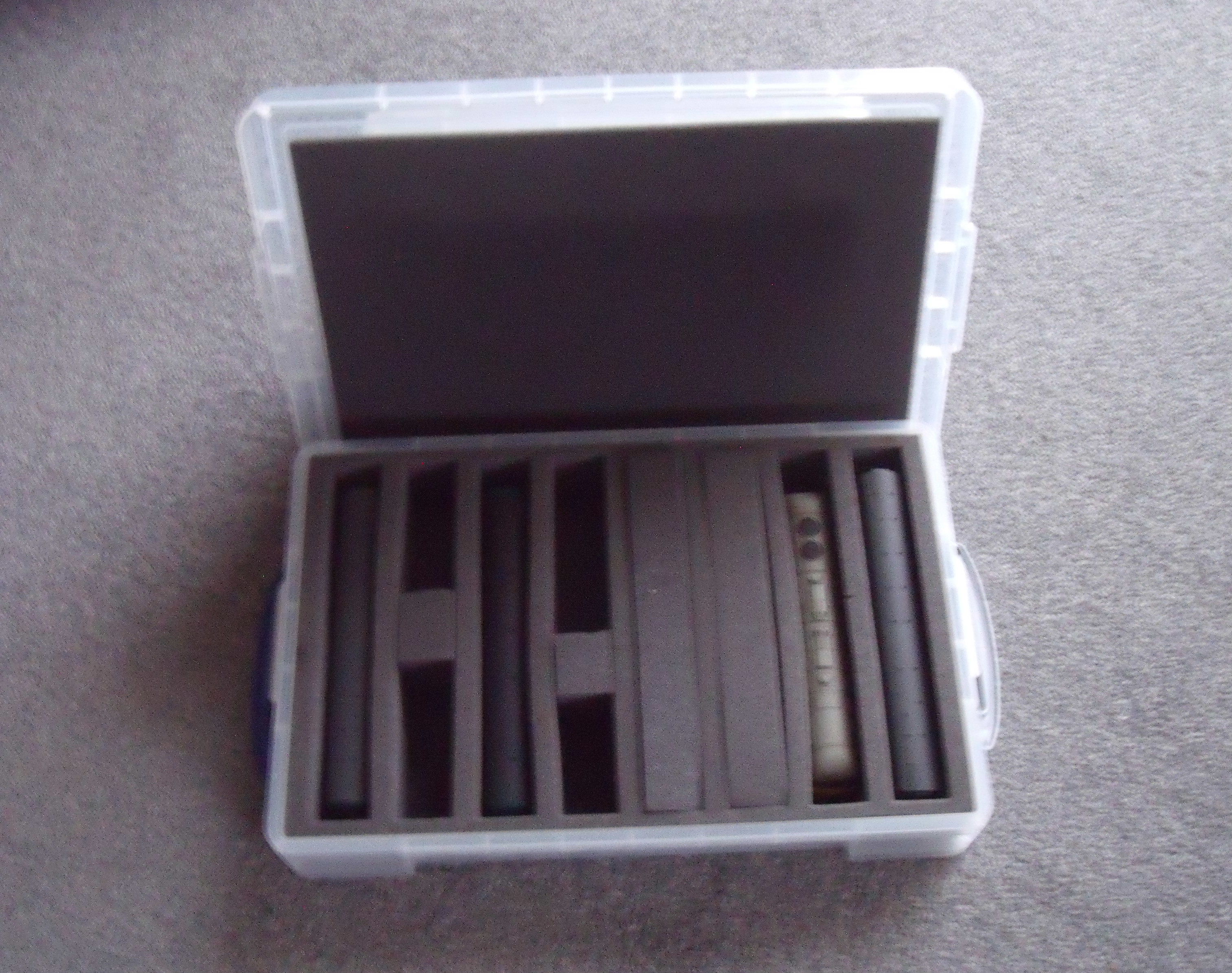 OO STORAGE CASE 8 SLOTS